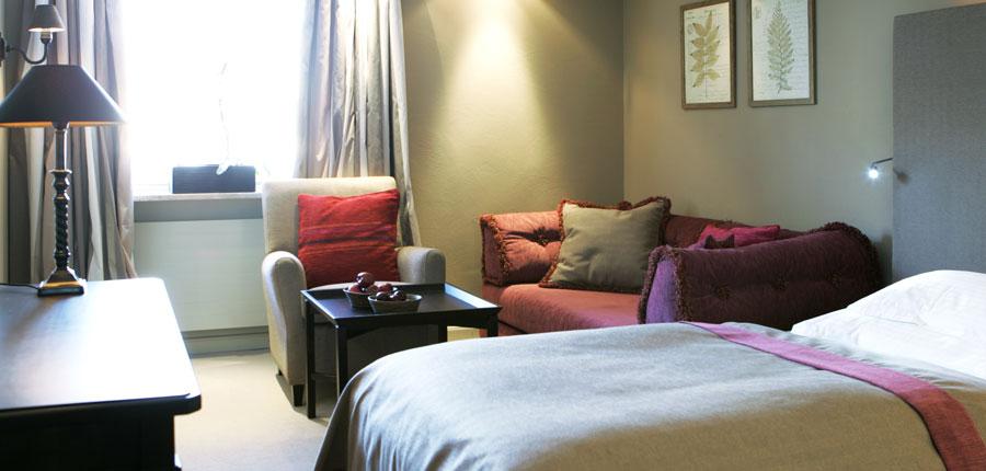 Hotel Berghof, Lech, Austria - bedroom seating area.jpg